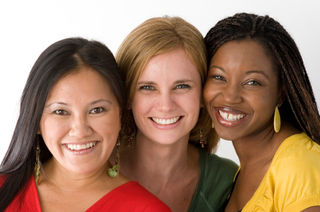 Women-smiling-together.59154320_std
